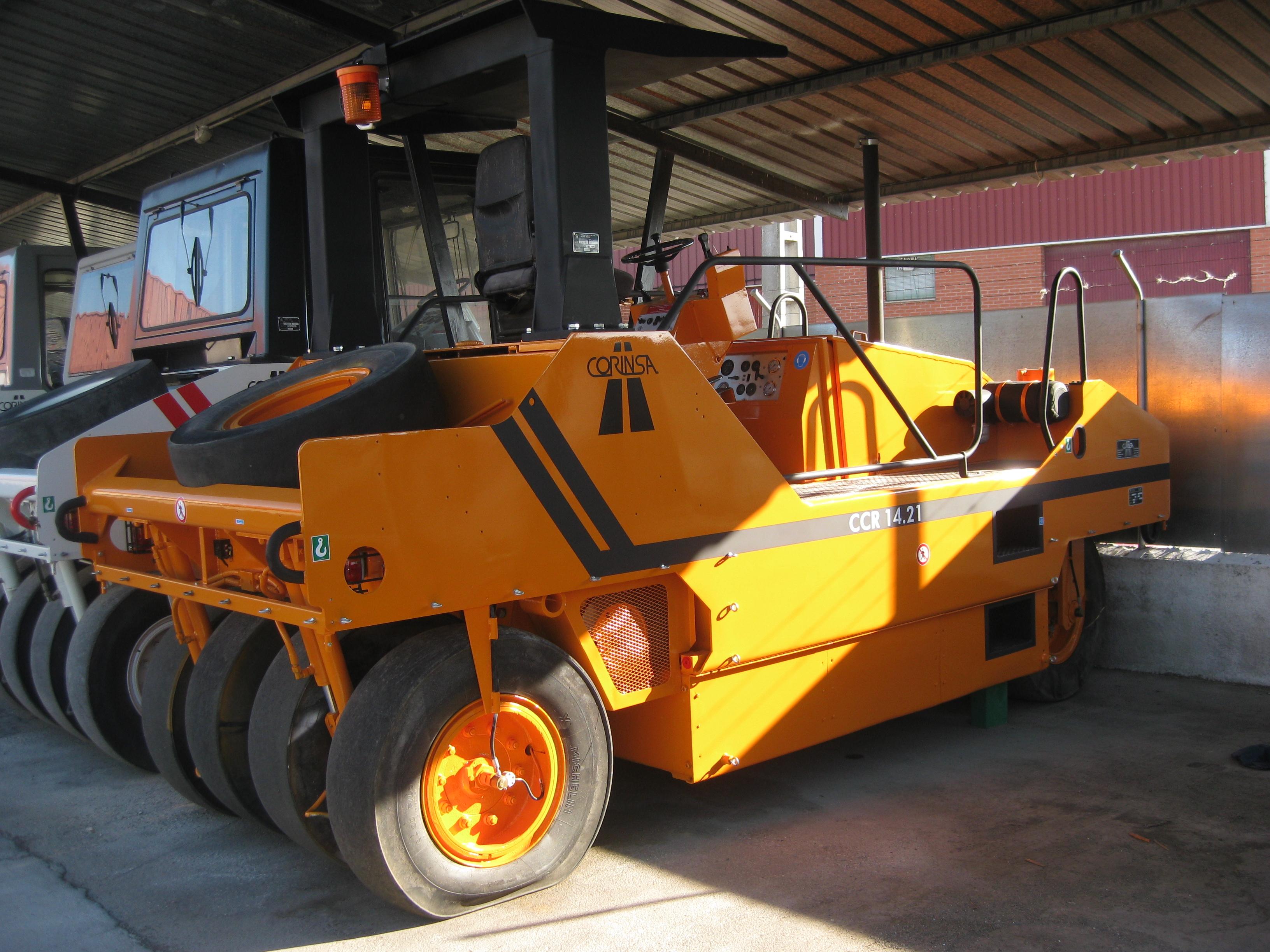 Compacteur à pneus d'occasion ref-0801300